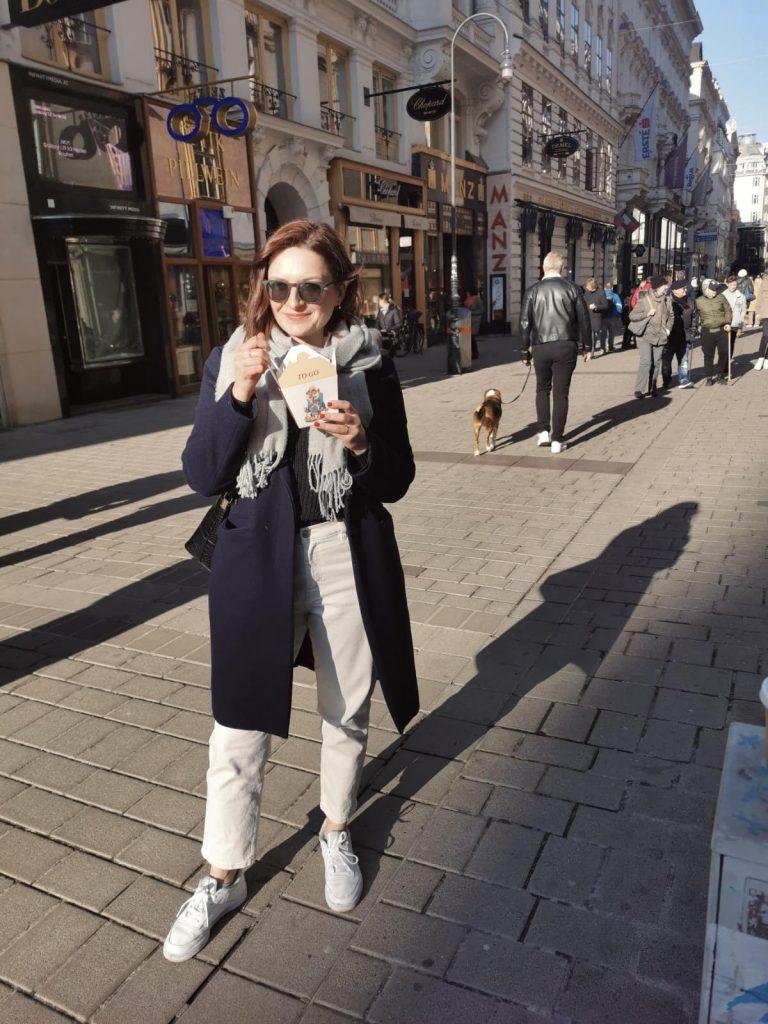 Dajana Doskoc eating Kaiserschmarren from Demel in Vienna